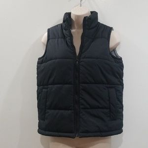 Old navy black size 8 medium puffer vest